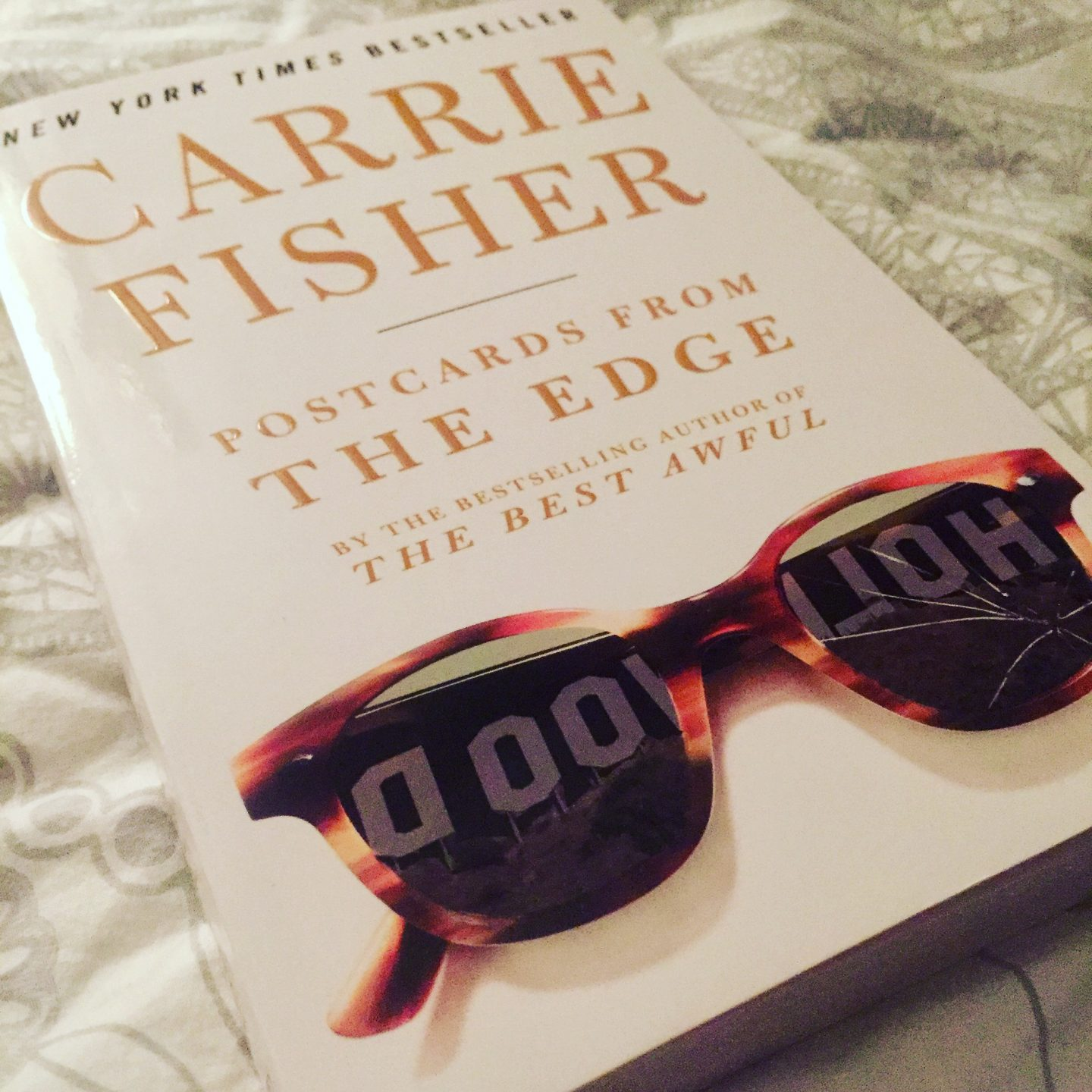REVIEW | Postcards from the Edge by Carrie Fisher